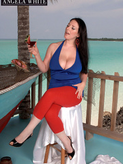 Fat chick drinking punch then licks a slice of - Picture 1