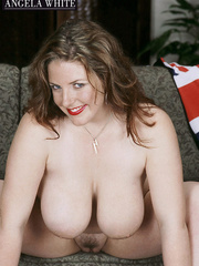 Gorgeous fattie peels off her british flag dress and - Picture 14