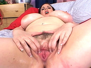gorgeous fat babe squeezes