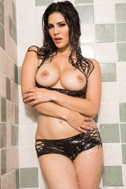 elegant girlie black undies