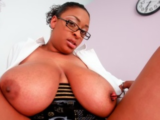 Ebony slut with unbelievable massive tits toying her - Picture 4