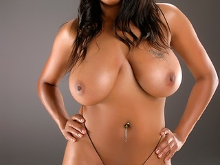 Hot ebony babes of all forms posing - Picture 8