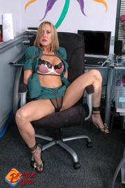Sex office brandi love