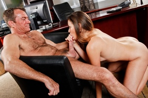 Outstanding woman in a grey skirt gets jizzed by a guy at the office. - XXXonXXX - Pic 1
