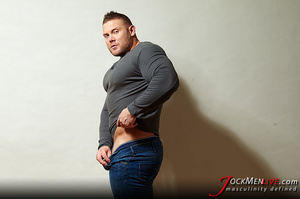 Huge hung flaunting his big muscular body for your pleasure - XXXonXXX - Pic 8