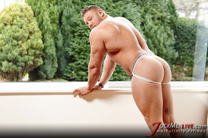 Huge hung flaunting his big muscular body for your pleasure - XXXonXXX - Pic 16