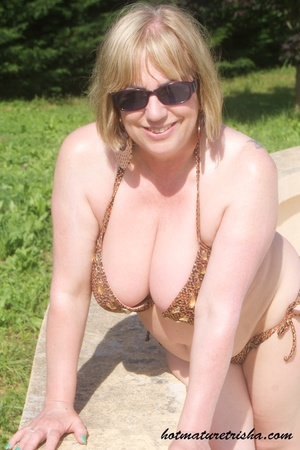 Mature hottie with sunglasses unstrings her sparkling golden brown bikini then displays her fat body with big soggy boobs outdoor. - XXXonXXX - Pic 4