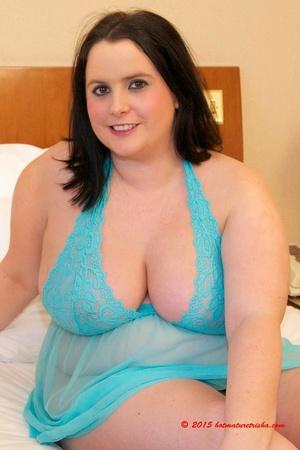 Big nude nighty boobs