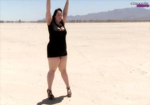 Big fat babe pops her monstrous juggs ou - XXX Dessert - Picture 1