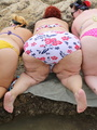 Super large chicks expose their giant - Picture 4