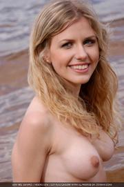 stunning blonde diva poses