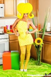 gal yellow pantyhose pokes