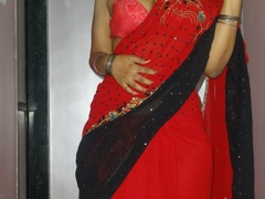 Stunning Indian chick displays her hot curves in - XXXonXXX - Pic 2