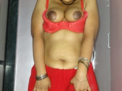 Stunning Indian chick displays her hot curves in - XXXonXXX - Pic 10