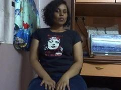Gorgeous Indian hottie posing then turns around - XXXonXXX - Pic 8