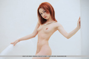 wicked red-haired lady shows