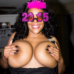 Busty ebony pops her monster boobs out of her black - Picture 5