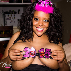 Busty ebony pops her monster boobs out of her black - Picture 11