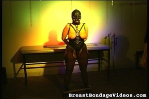 Young lady in black leather mask and sex - XXX Dessert - Picture 8