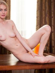 Pretty blonde with smoking hot thin body wearing - XXXonXXX - Pic 9
