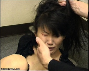 Japanese lady in bondage gets her pussy  - XXX Dessert - Picture 6