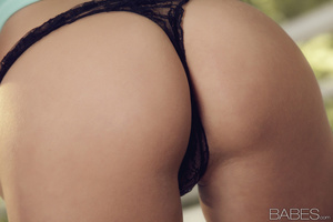 Unrepeatable erotic photo set of profess - XXX Dessert - Picture 2