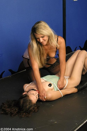 Beautiful tied up lady is ready for a di - XXX Dessert - Picture 7
