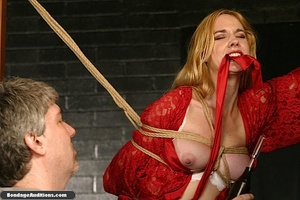 Beautiful lady in red loves some kinky b - XXX Dessert - Picture 8