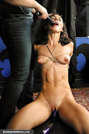 Bondage model gets two dildos up her smo - XXX Dessert - Picture 9