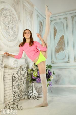 Hot teen chick shows her flexible body with joy - XXXonXXX - Pic 1