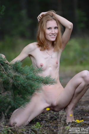 Beautiful redhead lady takes off her clothes outdoors - XXXonXXX - Pic 19