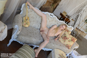 Cute blonde chick plays her guitar totally naked - XXXonXXX - Pic 8