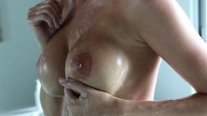 Busty mature slut is ready for a sexy ba - XXX Dessert - Picture 4