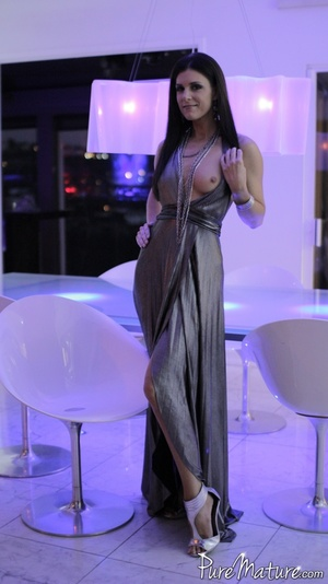 Elegant long haired chick in a fancy dre - XXX Dessert - Picture 2