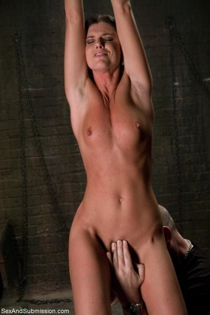 Brunette doesn't know what kind of fun s - XXX Dessert - Picture 5