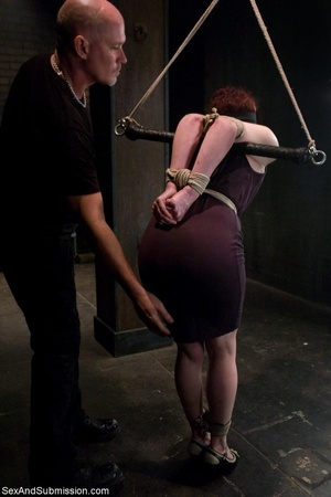 Looks like redhead enjoys bondage and ha - XXX Dessert - Picture 2