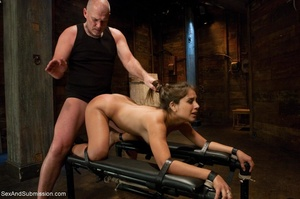Variable BDSM stuff helped lady to exper - XXX Dessert - Picture 12