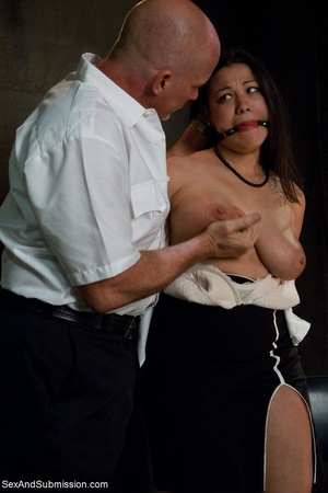 Modest lady took part in BDSM scene afte - XXX Dessert - Picture 6