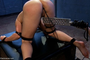 Domme in black leather gloves gives it t - XXX Dessert - Picture 16