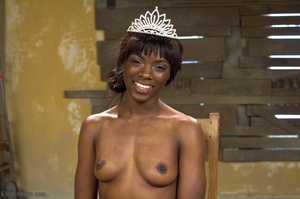 Ebony princess is hoisted in the air and - XXX Dessert - Picture 18