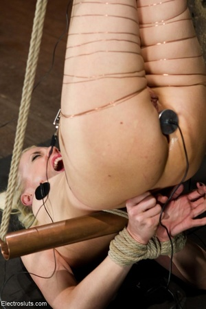 Copper wire is wrapped around a woman's  - XXX Dessert - Picture 7