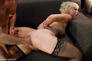 Guy in a tie uses his hand and cock to h - XXX Dessert - Picture 16