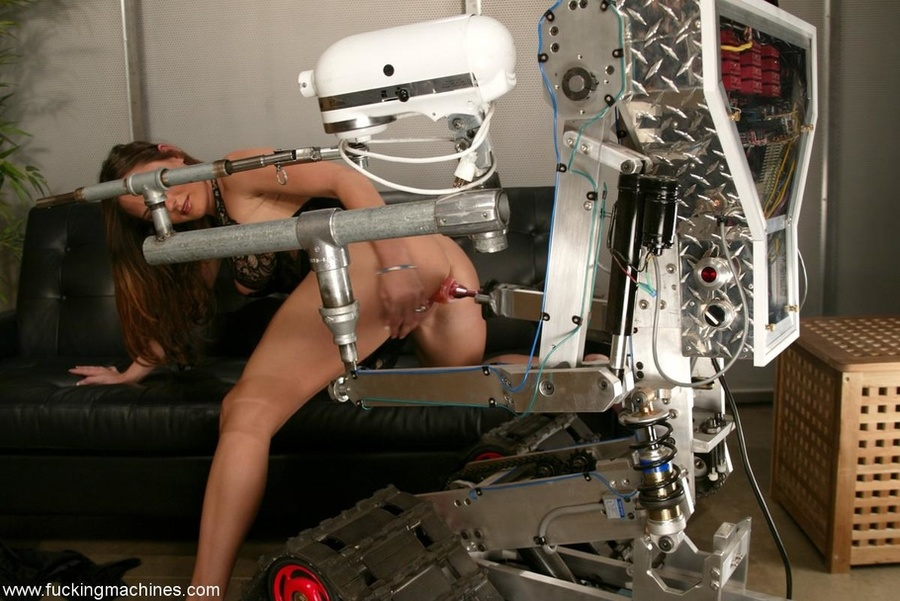 The robot fucks well-shaped lady better than any male - XXXonXXX - Pic 2