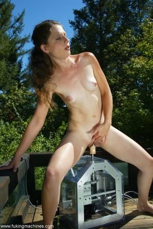 Woman has dirty fun with sex machine in the back yard - XXXonXXX - Pic 11