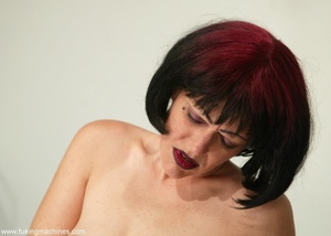 Mature dame experiences masturbation with designed machine - XXXonXXX - Pic 7