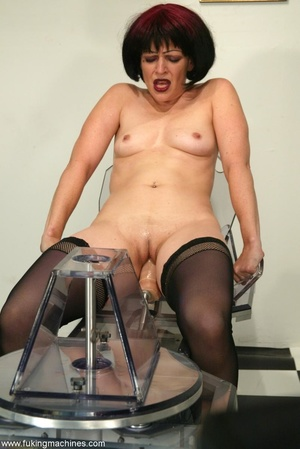 Mature dame experiences masturbation with designed machine - XXXonXXX - Pic 8