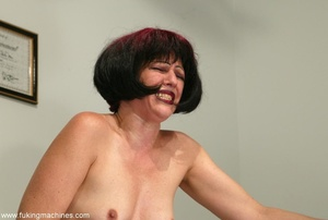 Mature dame experiences masturbation with designed machine - XXXonXXX - Pic 11