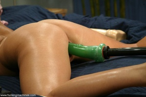 Woman has a mechanized dildo to feed sex hunger in the bed - XXXonXXX - Pic 11