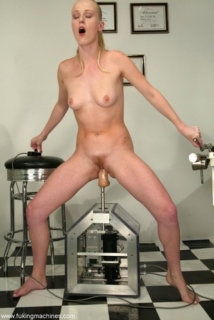 Tight asshole gets humiliated by the soulless machine - XXXonXXX - Pic 12