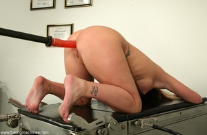 Doctor's office contains a lot of exciting secrets - XXXonXXX - Pic 3